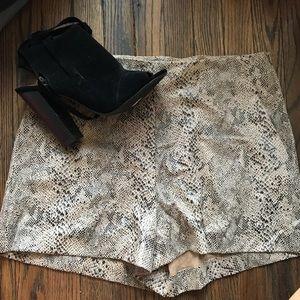 Zara shorts snake print